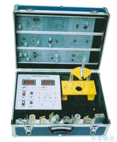 每种传感器转换电路板印有原理图与接线口